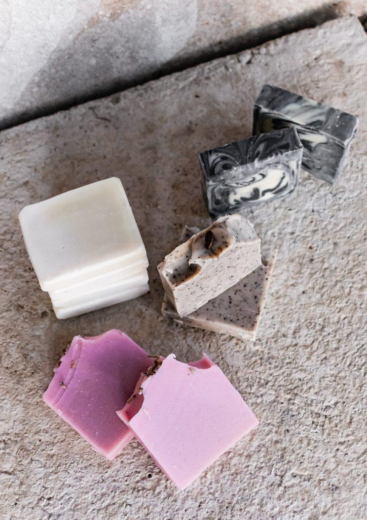 Comment reconnaître un savon saponifié à froid ?